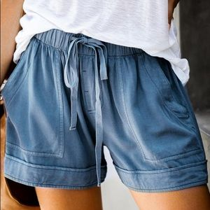 HERE TO RELAX DRAWSTRING SHORTS- BLUE